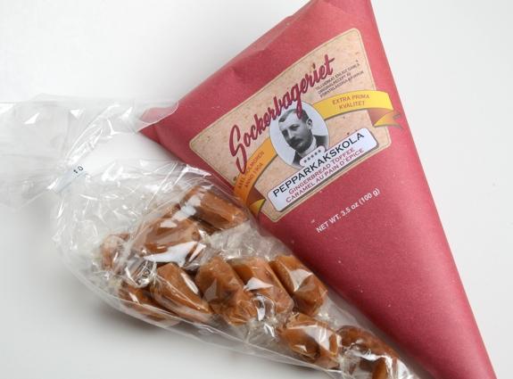 """Sockerbageriet """"pepparkakskola"""" gingerbread toffee from Ikea, in ..."""