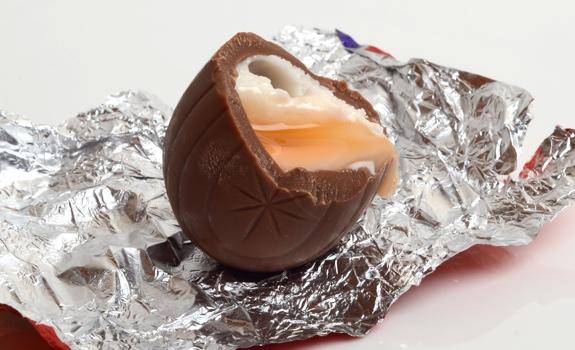 0311-creme-egg-02.jpg